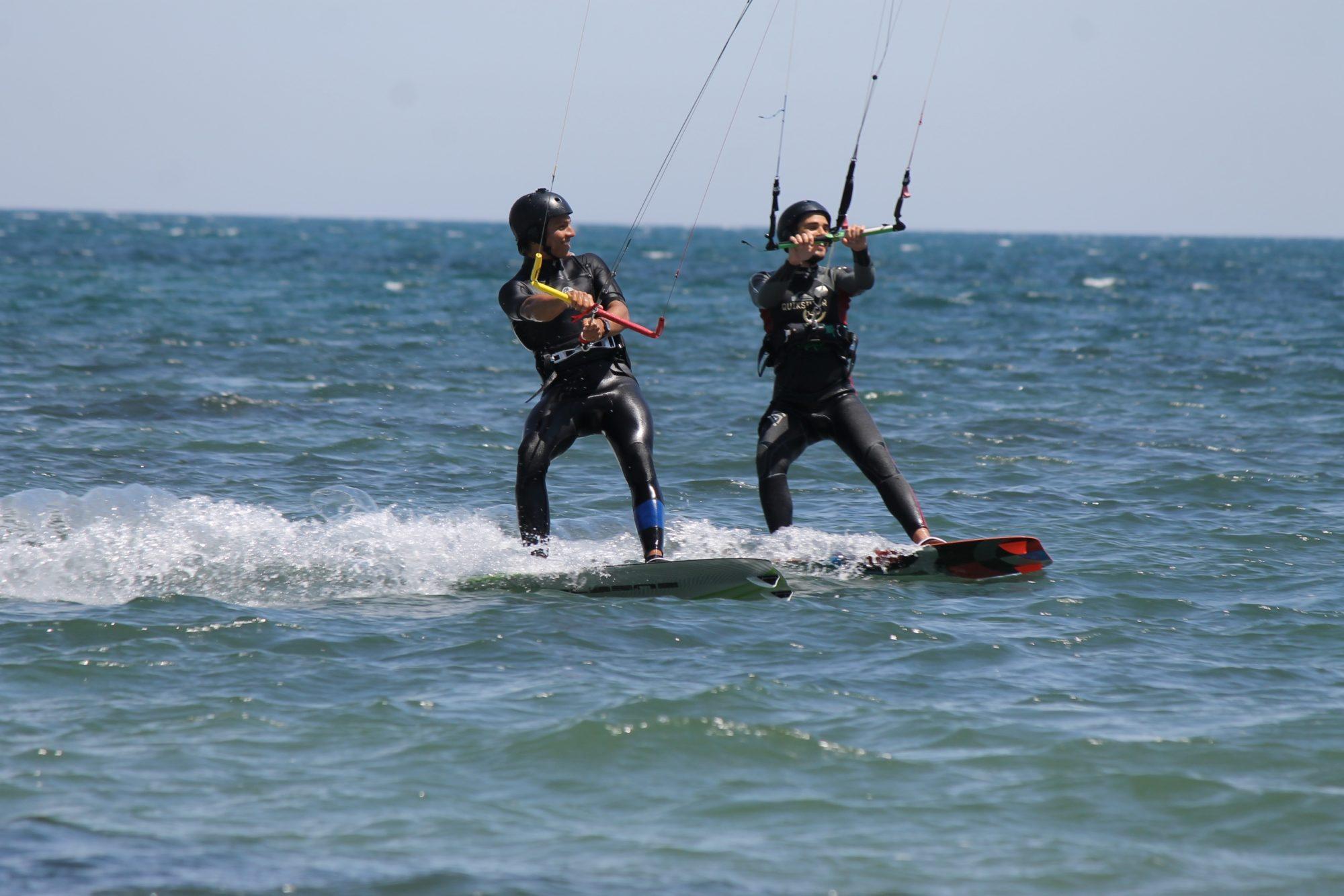 Kitesurf in Sardegna con KiteGeneration, scuola Kite che offre corsi di Kitesurf nel Sud della Sardegna