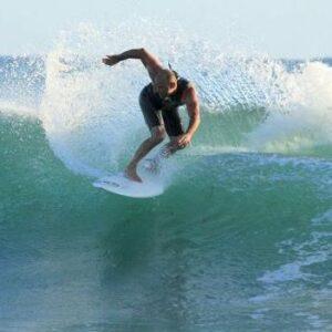 Mauro Todesco in Surf sulle Onde della Sardegna